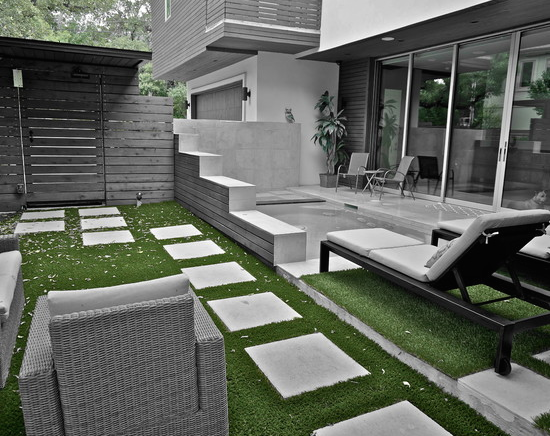 LawnPop Artificial Turf Residence