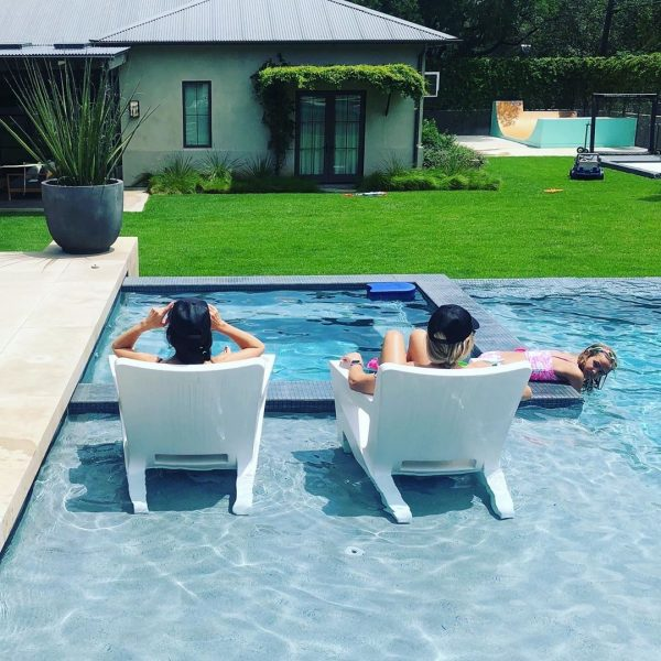chairs for pool tanning ledge